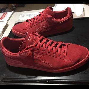 Puma-Suede- Barbados Cherry- Men's shoes sz. 12